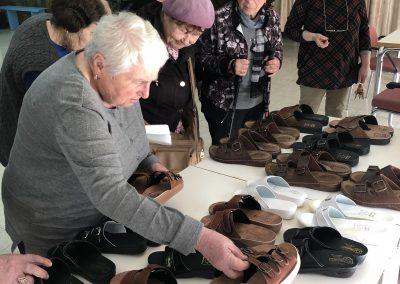 800 neue Schuhe für Holocaust-Überlebende